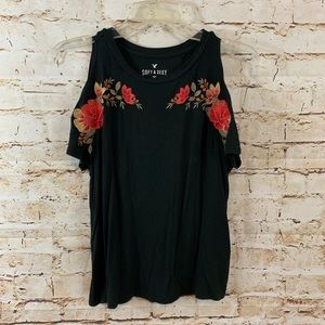 American Eagle Soft and Sexy Floral Stitching Tee
